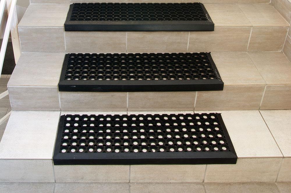 Honeycomb Step